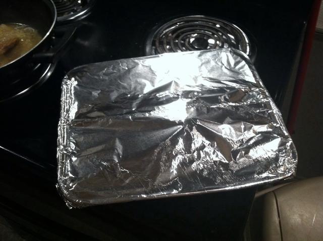 Cubra el pollo y lo puso en el horno durante 350 grados durante 15 minutos.