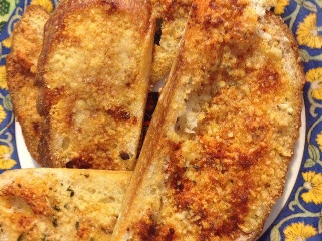 Cómo hacer pan de ajo (El Ajo fresco Version) Receta