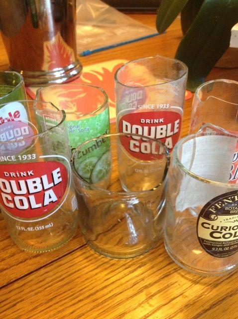 Cómo hacer que las botellas de cristal en las tazas
