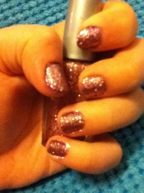 Cómo hacer Glitter Nails!