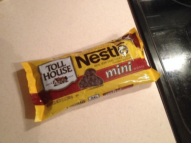 Añadir los mini chips de chocolate.