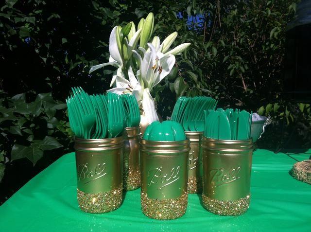 Utilizar como florero o titular de utensilio en una fiesta como yo lo hice! Fueron perfecta con mi esmeralda y el brillo de compromiso de oro partido del tema!