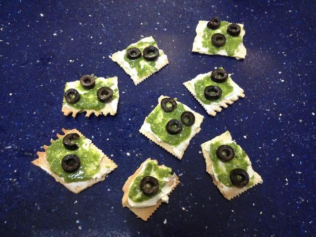 Este aperitivo es ideal para llevar a las partes, simplemente romper sus croccantini en pedazos clasificados mordedura.