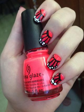 Voilà! usted've brought nature indoors and onto your nails! Use whatever color gradient you want, it doesn't have to be orange!