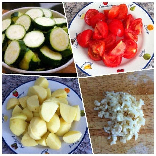 Cortar las verduras en trozos y picar el ajo. Ello's up to you to peel potato or not - I did.