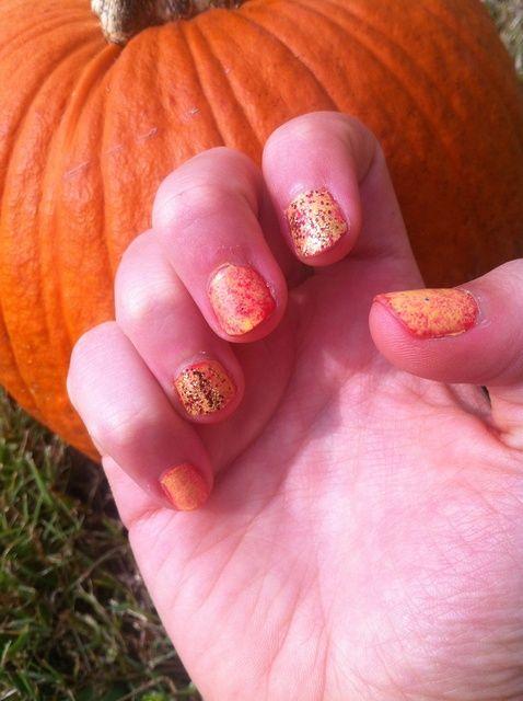 Cómo hacer que las uñas de Halloween