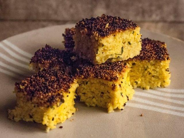 Cómo hacer Handvo Gluten Gujarati pan gratuito Receta