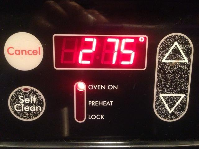 Precalentar el horno a 275 grados.