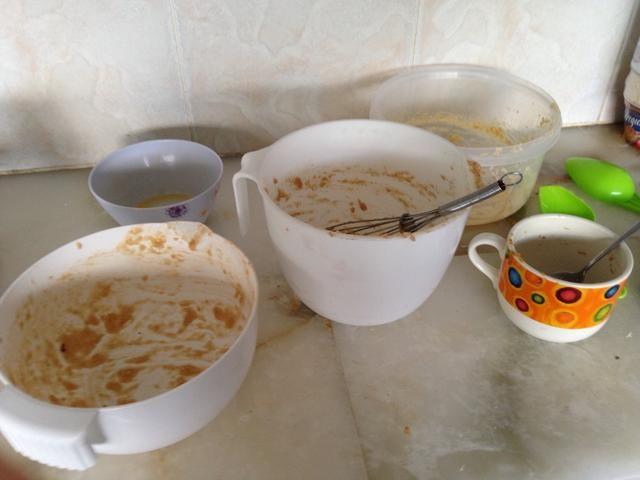 Déjelo en el horno durante unos 50 minutos. Ahora tengo tiempo para limpiar el desorden o mi mamá me mata. ??????