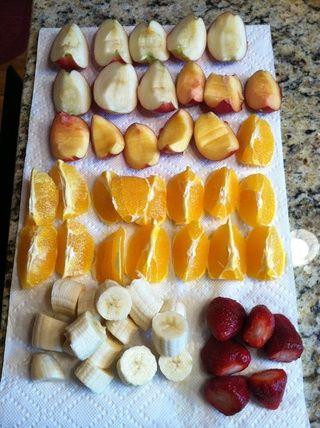 Cortar la fruta.
