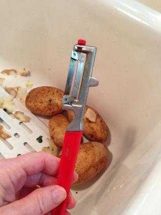 Este pelador de verduras es también una gran herramienta!