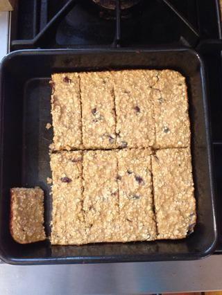 Cada barra es de sólo 118 calorías y los paquetes de 8,3 gramos de proteína!