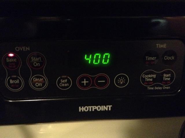 Ajuste el horno a 400 grados y poner en el horno durante 6-12 minutos
