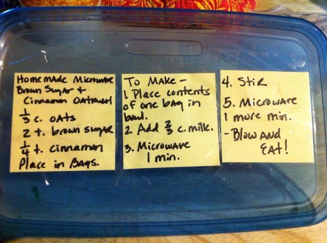 O puede etiquetar el recipiente que usted está poniendo las bolsitas en. Hacer lo que funciona mejor para su familia.