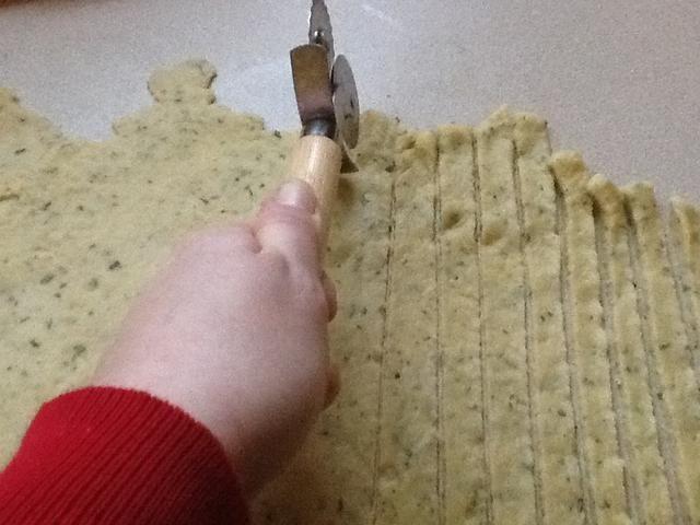 Fideos Slice a tamaño y longitud deseada.