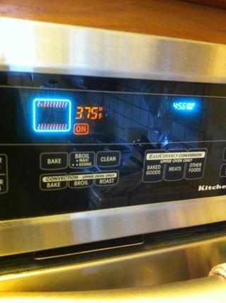 Hornear en horno a 375 grados durante aproximadamente 1 hora.