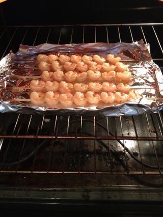 Regreso a horno. Cuando la salsa empiece a caramelizar, retirar del horno.
