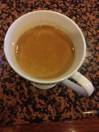 Cuele en la copa y disfrutar después de un poco de refrigeración