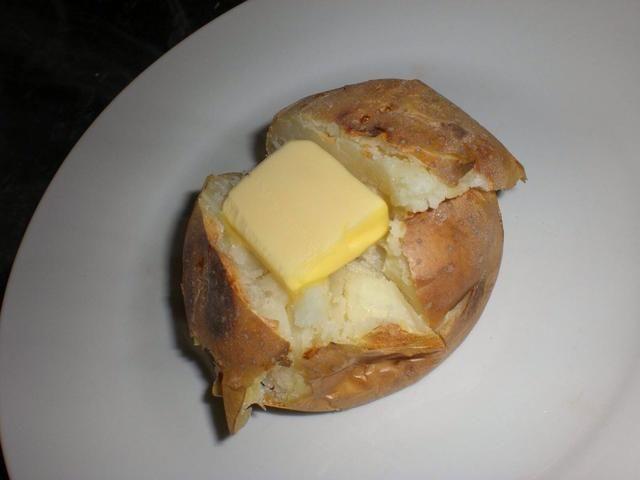 Añadir una generosa nuez de mantequilla.