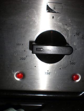 Obtener el buen horno y caliente - 220 C es casi tan caliente como el mío irá.