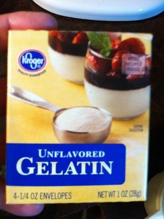 Añadir 3 paquetes de gelatina.