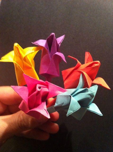 Cómo hacer recuerdos duraderos Con Origami Flores
