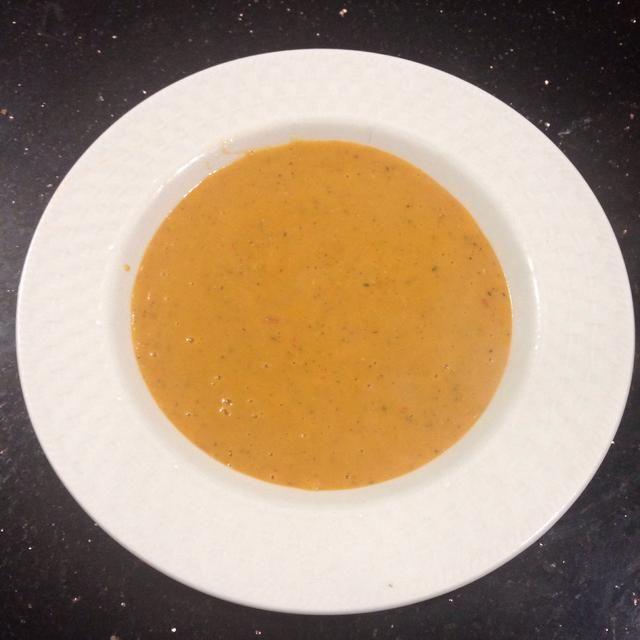 Ah, por último algunos suave, cremosa sopa de lentejas para esta noche fría y lluviosa! ¡Disfrutar!