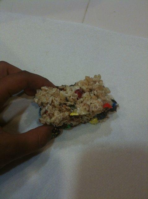 Cómo hacer M & M Rice Krispies Treats Receta