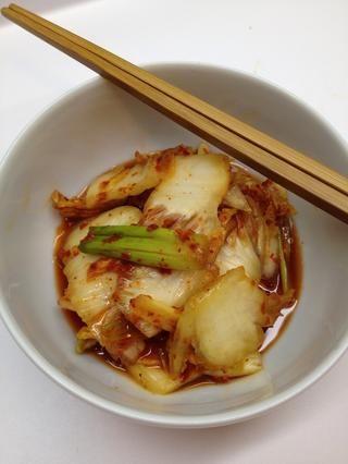 Después de 3 días, el kimchi está listo para consumir! Refrigere lo que queda y disfrutar de hasta 6 meses. usted'll notice the the flavora and texture will take on complexity as it evolves.