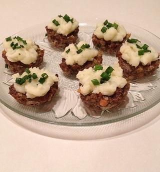 Espolvorear con las cebollas verdes. Servir y disfrutar!