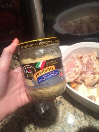 Agregue el queso parmesano