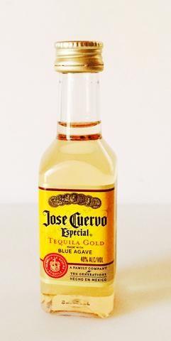 I cucharada de tequila.