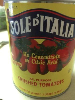 Añadir media taza de tomate triturado.