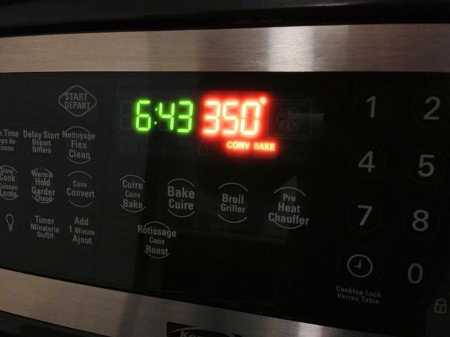 Precaliente el horno a 350F (176C).
