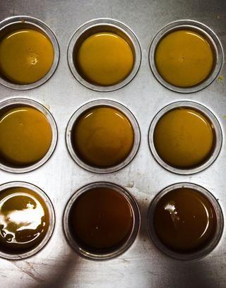 Después de que se enfríe, agregar la salsa de nosotros've already made.