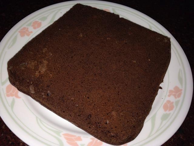 invertir la bandeja de horno en un plato para que la torta sale invertida