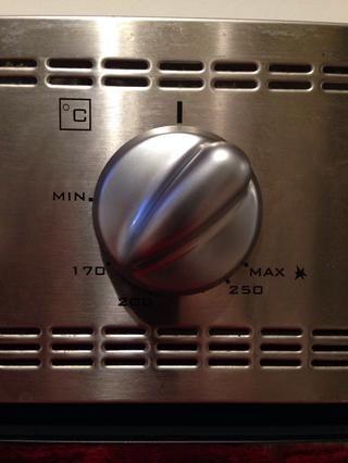 Precaliente el horno a 170 C (350 F)