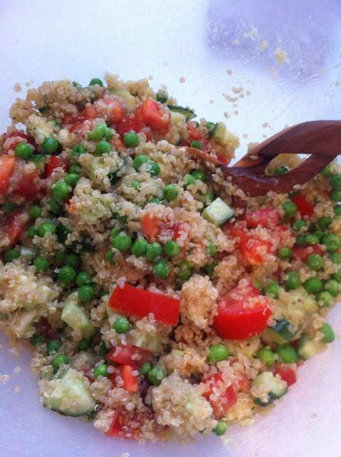 Cómo hacer que mi favorito Ensalada quinoa! Receta