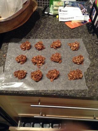 Voila, sus no hay galletas recién horneadas. ¡Disfrutar! Por: Ethan