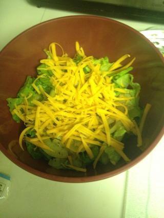 Rallar un poco de queso en allí, el queso es delicioso.