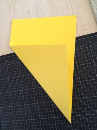 Doblar en diagonal.