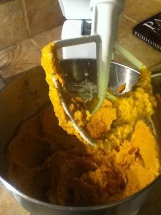 Combine todos los ingredientes hasta que se mezcle bien