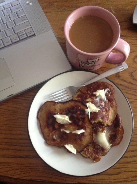 Cómo hacer panqueques con plátanos, huevos, mantequilla de maní y Receta