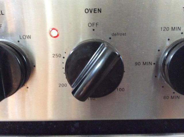 Precaliente el horno a 180 grados