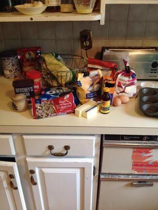 Reúna sus ingredientes! El pasado cuatro de la lista de útiles son para el glaseado.