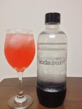 Por último, añadir una pizca de Club Soda para añadir algo de efervescencia. :)