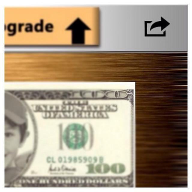 Pulse el botón de la parte superior derecha para guardar el collage dólar.