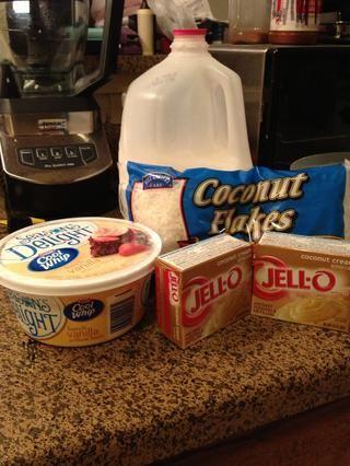 Reúna sus ingredientes pastel relleno.