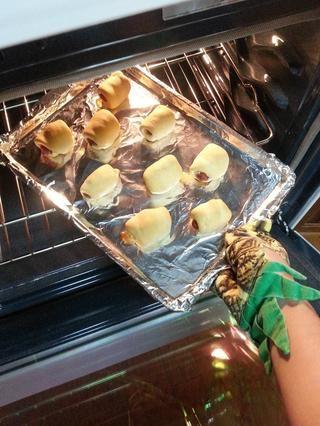 Tener cuidado de ellos fuera del horno cuando haya terminado.