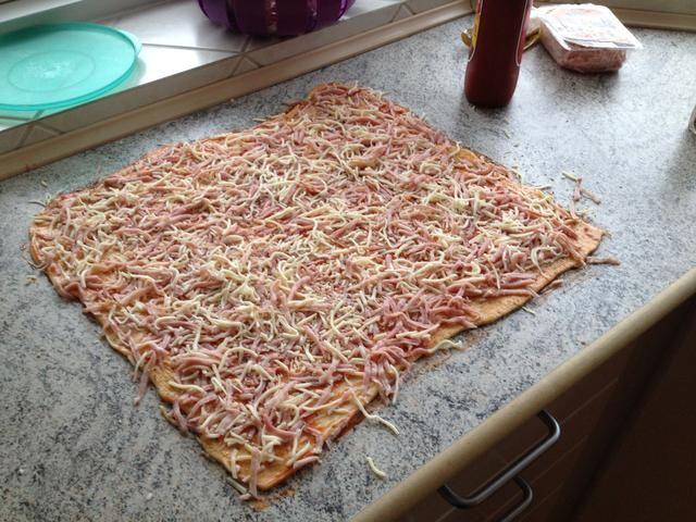 Añadir el jamón y el queso